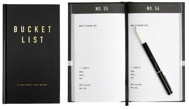 Bucket List Journal - 10 Gift ideas for someone going travelling!